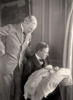 Woodrow Wilson with his grandson. Vintage. Born in the White House Jan. 17, 1915