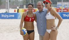 File:George W. Bush, Misty May Treanor and Kerry Walsh.jpg