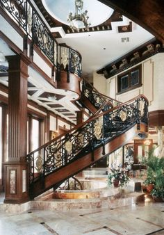 Luxury#Homes#tracypillarinos# ~Wealth and Luxury ~Grand Mansions, Castles, Dream Homes & Luxury homes
