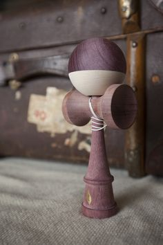 Purpleheart/Maple Split Terra Kendama