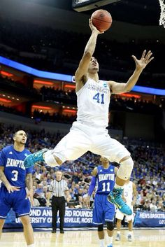 Trey Lyles finishes with 10 pts, 6 rebs, 2 assists. UK beats Hampton 79-56. On to the next one!! #notdone #weareuk #bbn