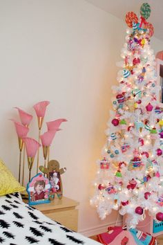 Tween room Christmas