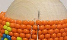 Бисероплетение для самых-самых начинающих: Оплетение пасхального яйца в технике кирпичного стежка