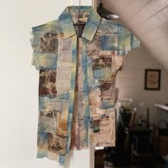 "Ruby Silvious on Instagram: ""Tea Shirt -monoprints, indigo on used tea bags #printmaking #tea #refashioned"" Used Tea Bags, Old Paper, Art Techniques, Fiber Art, Printmaking, Indigo, Textiles, Shirts, Instagram"