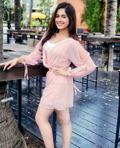 Jannat jubair new hot and sexy look viral . Stylish Girls Photos, Stylish Girl Pic, Girl Photos, Cute Girl Poses, Cute Girl Photo, Bollywood Girls, Bollywood Fashion, Bollywood Couples, Beautiful Girl Photo