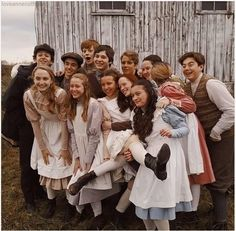 Anne Shirley, Movies Showing, Movies And Tv Shows, Amybeth Mcnulty, Gilbert And Anne, Anne White, Anne With An E, Gilbert Blythe, The Avengers