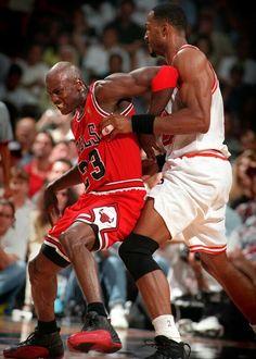 Michael Jordan vs. Alonzo Mourning