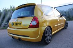 Renault clio 182 turbo Clio Williams, Clio Sport, Top Cars, Car Engine, Small Cars, Car Ins, Cars And Motorcycles, Classic Cars, Sporty