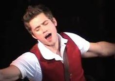 Aaron Tveit as Fiyero... Im still having that fangirl attack. I want to meet this guy. So bad. He played in 3 of my all time Favorite musicals. Not fair. To much fantasticness in one body... not fair