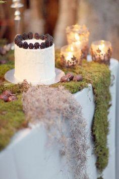 De la nota: Mini pasteles de boda  Leer mas: http://www.hispabodas.com/notas/1562-mini-pasteles-de-boda