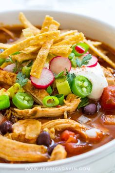 tortilla soup on the stove top in just 30 minutes Shredded white meat bold seasonings spicy chilis fire roasted tomatoes and corn tortillasChicken tortilla soup on the st. Mexican Food Recipes, Soup Recipes, Chicken Recipes, Cooking Recipes, Healthy Recipes, Ethnic Recipes, Chicken Soups, Canned Chicken, Healthy Soup