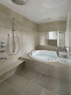詳しくはこちら Jacuzzi Bath, Japanese Bathroom, Wet Rooms, Private Room, Bathroom Interior Design, House Rooms, Amazing Bathrooms, Corner Bathtub, Ideal Home