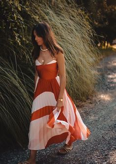 39 Incredible Summer Dress Outfit Idea You Must Have Spring Summer Fashion, Spring Outfits, Summer Wedding Outfits, Spring Style, Winter Fashion, Pretty Dresses, Beautiful Dresses, Gorgeous Dress, Mode Outfits