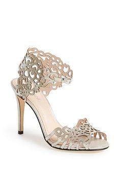 Gorgeous sandal http://rstyle.me/n/k5ravnyg6