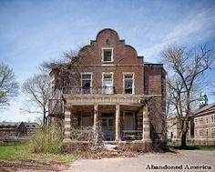 Pennhurst State School and Hospital, Philadelphia Hall. Spring City, P - 2013-2014