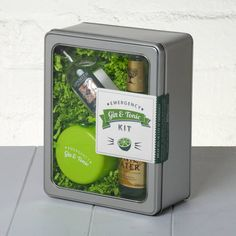 Emergency Gin And Tonic Kit by Whisk Hampers, the perfect gift for Explore more unique gifts in our curated marketplace. Gin And Tonic Gifts, Gin Gifts, Gifts For Gin Lovers, Gift For Lover, Gin Hamper, Gin Festival, Fever Tree Tonic Water, Gin Tasting, Gin Brands