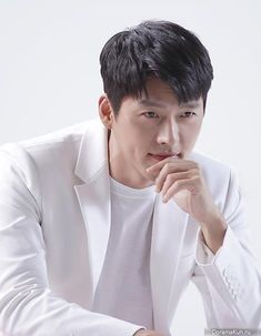 Hyun Bin, Asian Actors, Korean Actors, Hyde Jekyll Me, Daddy Long, Korean Wave, Korean Artist, Fine Men, Korean Celebrities