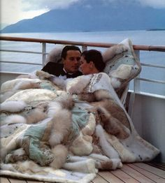 Love in the sailing luxury Rich Lifestyle, Luxury Lifestyle, Fur Blanket, Luxe Life, Thing 1, Glamour, Millionaire Lifestyle, Fashion Moda, Belle Photo