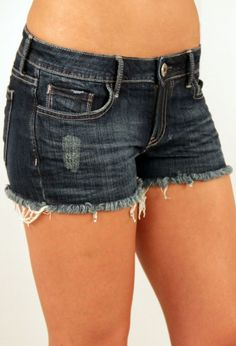 DIY make daisy dukes out of old jeans