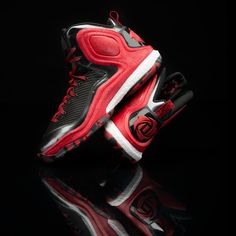 new style 6f963 32e02 Grab the latest colorway of the adidas D Rose 5 Boost  Basketball  Shoes  Zapatos