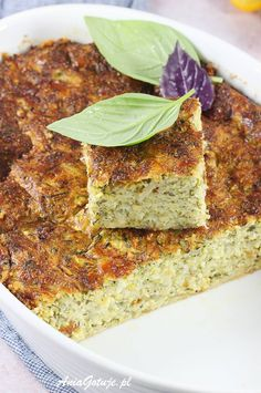 Zapiekanka z cukinii. Pi A, Zucchini Casserole, Summer Recipes, Starters, Quiche, Banana Bread, Recipies, Dinner Recipes, Food And Drink