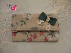 ΦούΞια ΞιΦίας Burlap, Wallets, Reusable Tote Bags, Gift Wrapping, Gifts, Style, Gift Wrapping Paper, Swag, Presents