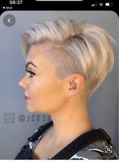 Short Hair Undercut, Short Pixie Haircuts, Undercut Hairstyles, Pixie Hairstyles, Short Hair Cuts, Easy Hairstyles, Haircut Short, Pixie Cuts, Everyday Hairstyles