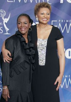 """cicely tyson and leslie uggams - original """"roots"""" cast members"""