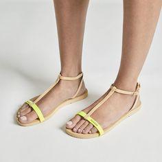 e218f64ef2facc Women s   Ladies Flip Flops
