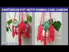 IDE BISNIS | DIY Gantungan Pot Rumbai Cabe Dengan Motif Bunga Variasi | ... Macrame Owl, Macrame Plant Hangers, Knots, Ropes, Plants, Decor, Little Cottages, Decoration, Plant