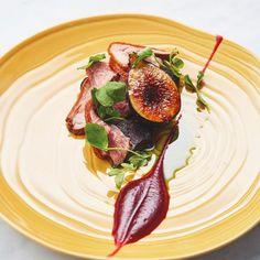 Smoked Duck | Beetroot Purée | Boudin Noir | Fig @mrestaurants_ #24hourcookbook…