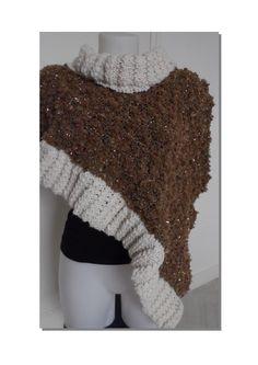 Cape asymétrique fourrure scintillante : Echarpe, foulard, cravate par…