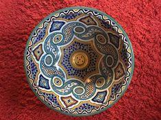 Ben je fan van veel kleuren en prachtige prints? Dan is een wasbak met Marokkaans design echt iets voor jou Bathroom Styling, House Rooms, Decorative Bowls, Bedroom Decor, Diy Projects, Tableware, Prints, Home Decor, Style