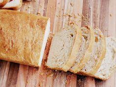 Un pan caserito siempre es bienvenido, y éste en especial por lo fácil de preparar, con un resultado maravilloso