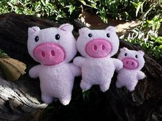 3 Little Pigs ITH Pig Softie - 3 sizes - Embroidery Design