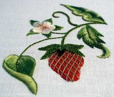 Embroidered Strawberry with Gilt Sylke Twist - it's a gorgeous thread! Different direction embroidering on leafs. Crewel Embroidery, Ribbon Embroidery, Cross Stitch Embroidery, Embroidery Patterns, Machine Embroidery, Thread Painting, Brazilian Embroidery, Embroidery Techniques, Fabric Crafts
