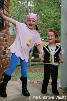 The Creative Vault: Jake & Izzy Neverland Pirates Costumes {DIY No Sew Scalloped Tee Tutorial}