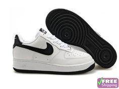 Chaussures de Sport Nike Air Force 1 Basse  07 Blanc Noir pour Femme de Nike 04ce34af18b