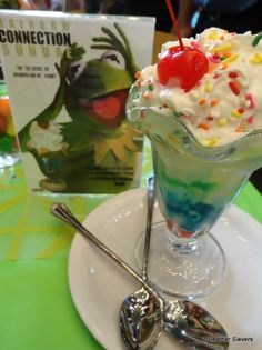 "Muppets ""Rainbow Connection"" Sundae! Click through to see more pics!"