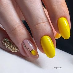 Sassy Nails, Cute Nails, Pretty Nails, Acrylic Nails Pastel, Best Acrylic Nails, Gel Nails, Manicure, Yellow Nails Design, Semi Permanente