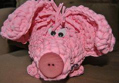 Glückshäkelschwein Alfred Happiness von Charlie Strickgarn auf DaWanda.com