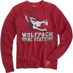 This '47 Brand(r) Red Slobbering Wolf Vintage Scrum Long Sleeve T-Shirt that lets you show off your old school Pack Pride, or just sport a really cool vintage fashion logo. Features a screen printed logo on chest. Scrum knit design provides great worn in, classically loved look. Machine washable 100% cotton, for cool, comfortable wear.