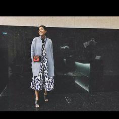 La trendsetter #TamuMcpherson in versione casual-chic col #cappotto vichy #stefanel della collezione primavera/estate 2015  #stefanelvigevano