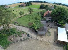 Paddocktrail Alverdissen » Bauplan Paddock Trail, Horse Paddock, Horse Barns, Horses, Dream Stables, Dream Barn, Horse Farm Layout, Horse Property, Wildlife Park