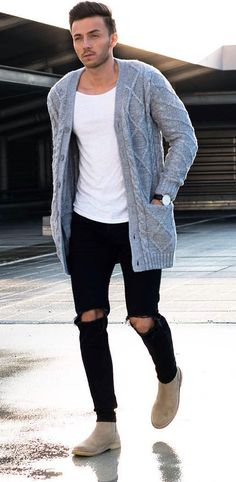 Light grey knitted cardigan with black ripped jeans