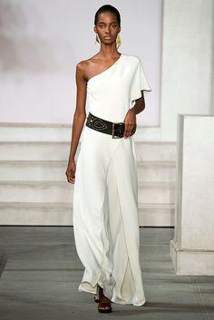 Ralph Lauren Fall 2016 Ready-to-Wear Collection Look - Vogue New York Fashion, Fashion Week, Fashion 2017, Runway Fashion, High Fashion, Fashion Show, Fashion Looks, Haute Couture Style, Ralph Lauren Collection