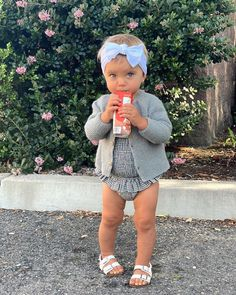 Cute Little Baby, Baby Kind, Little Babies, Baby Love, Cute Babies, Pretty Baby, Fashion Tips For Girls, Baby Girl Fashion, Toddler Fashion
