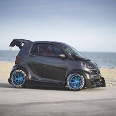 Now that's smart! #SmartCar :@mascunanabear Yes or No? #cars by cars