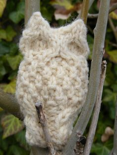 Introducing the original Oisin Owl http://www.ravelry.com/patterns/library/oisin-owl