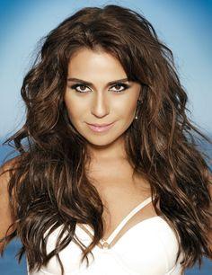 "Giovanna says,""Sin in food is also delight"" Most Beautiful Women, Beautiful People, Brazilian Women, Divas, Celebs, Celebrities, Woman Face, Beautiful Actresses, Beauty Women"